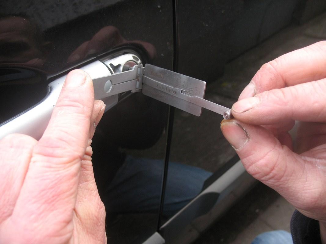 Otwieranie samochodów Oborniki i Pniewy