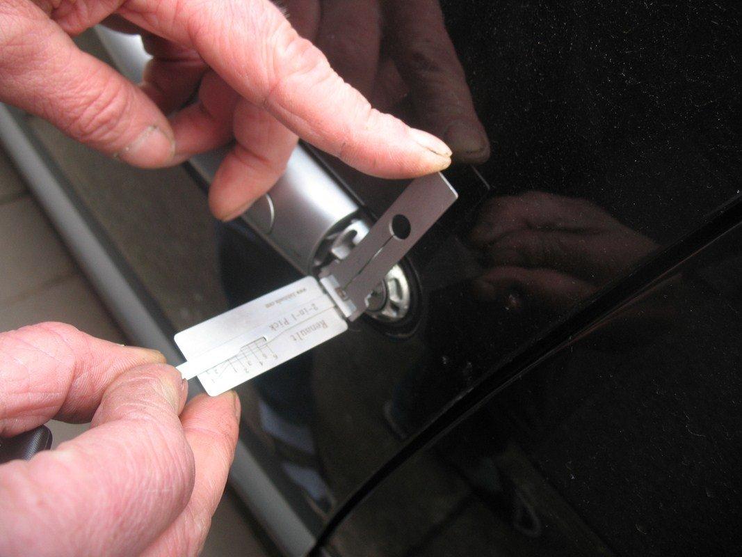awaryjne otwieranie aut Mosina